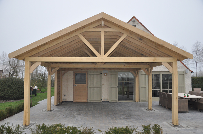 Hcg ltd realisaties houtskeletbouw houten bijhuizen overdekt terras for Overdekt terras